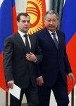 Киргизы отложили вопрос о закрытии американской базы  Манас